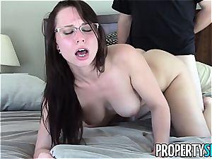 sugary Aidra Fox pounds her insatiable client