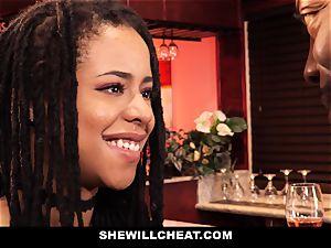 SheWillCheat - hotwife wifey pokes bbc in douche