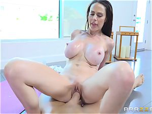 buxom brown-haired Mckenzie Lee torn up in her cooch