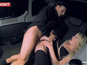 steaming Czech stunner porks the Driver to come back her Luggage