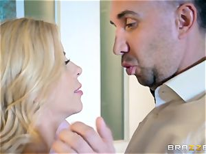 Alexis Fawx bouncing on top of Keiran Lee