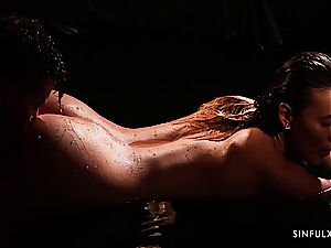 Romantic and wet scene with an absolute princess Vanessa Decker