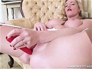 blond cougar undresses off retro lingerie drills tasty slit