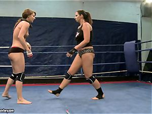Eliska Cross and Lisa glisten have a steamy cat fight