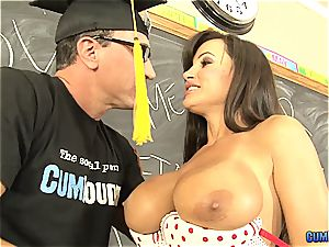 immensely cool Spanish lessons with Lisa Ann in 1080p