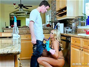 Jessy Jones pounds his Uncles girlfriend