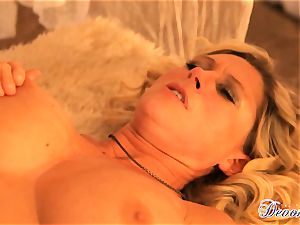 Devon Lee gets her fuckbox stabbed by a monster dick