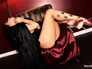 Romi the buxom vampire has a red-hot solo session