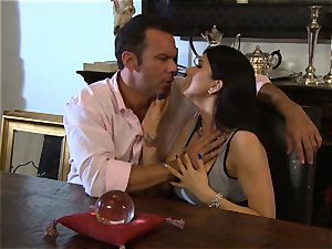 Romi Rain is thanked with a enormous pipe fuckin'