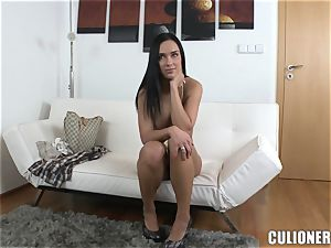 jism greedy brunette waiting for goo