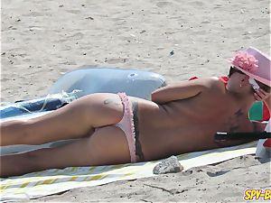 meaty baps inexperienced Beach milfs - spycam Beach movie