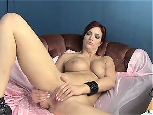 sensual Jayden Cole enjoys taunting her yummy humid pleasure button