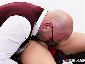 kinky college girl deserves to be penalized for her misbehavior