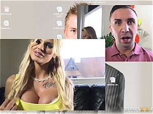 cam honey Candy Sexton nails her online paramour